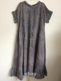 MAGNOLIA PEARL Gray/Blue Linen Dress with Lace & Floral Embroidery / Sold Out