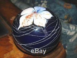 REDUCED! SATAVA STUDIOS FLORAL PAPERWEIGHT Deep Blue, White Flower, 3 1/8,1981