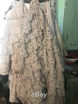 Rare MagNolia Pearl Ruffled Bloomers In Off White With Blue Bell Flowers