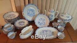 Seltmann weiden bavaria theresia 33 set white with blue pots and flowers