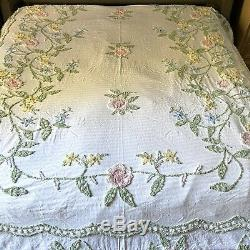 Vintage Chenille Bedspread King White Floral Flower Multicolored Pastel Pink